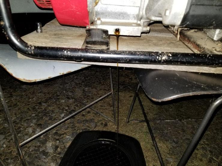Generator oil drain pan, Old Honda Generator restoration